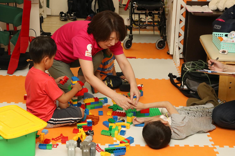 放課後等デイサービス 重症心身障がい児施設 大阪
